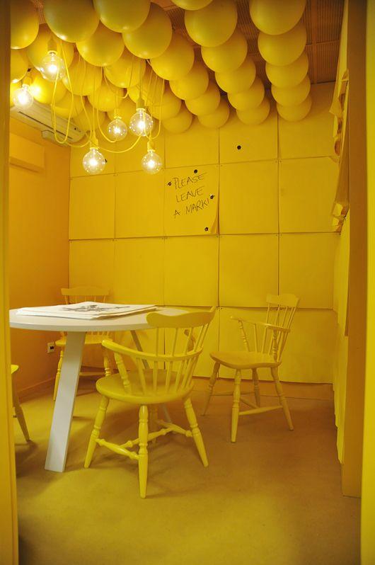 geltonas kambarys